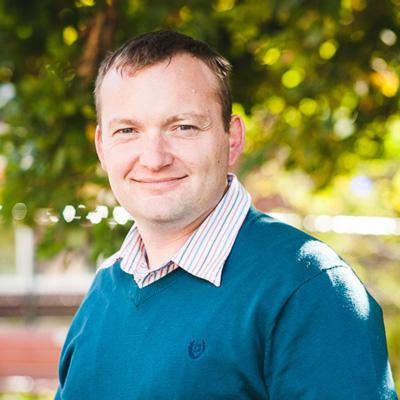 Dr. Stephane Bayen